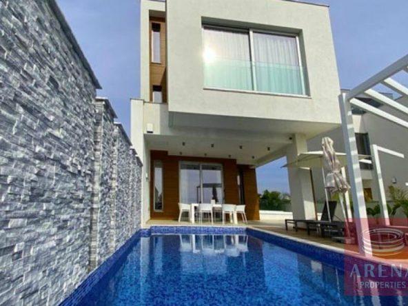 1-villa-for-rent-Ayia-Napa-5535