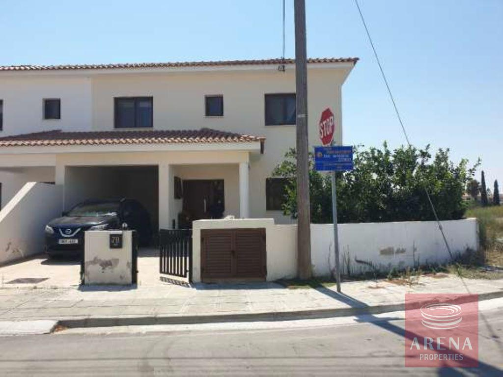 3 bed semi-detached house in agios nicolaos