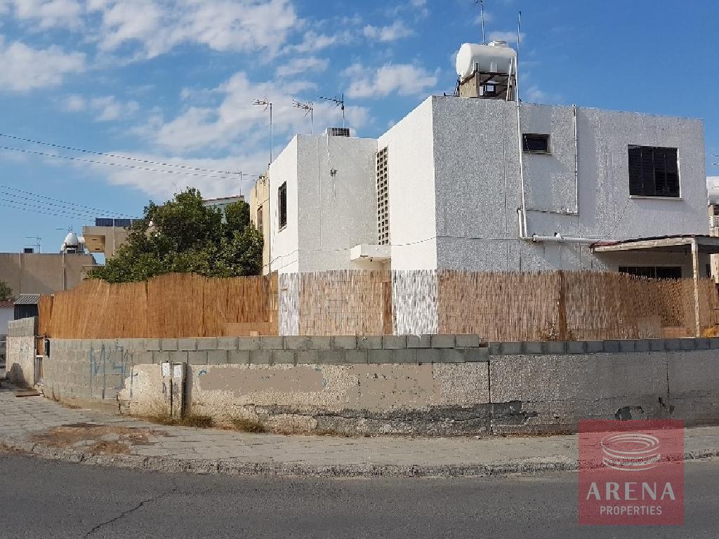 House in agoi anargiroi