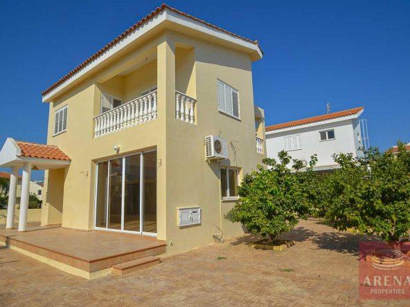 1-villa-Pernera-5404