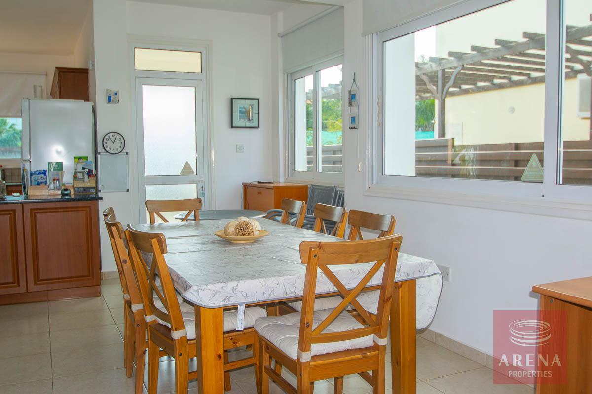 Villa for rent in Protaras - dining area
