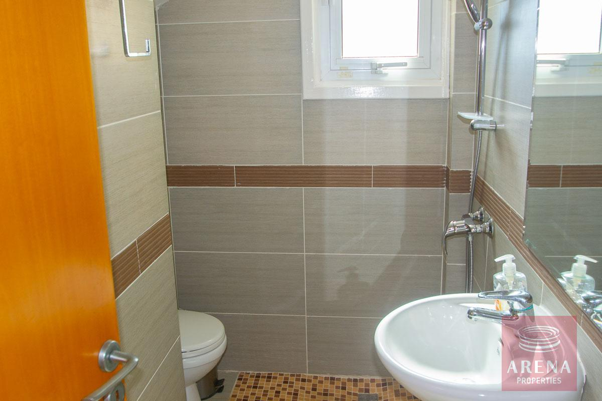 Villa for rent in Protaras - gurset wc and shower