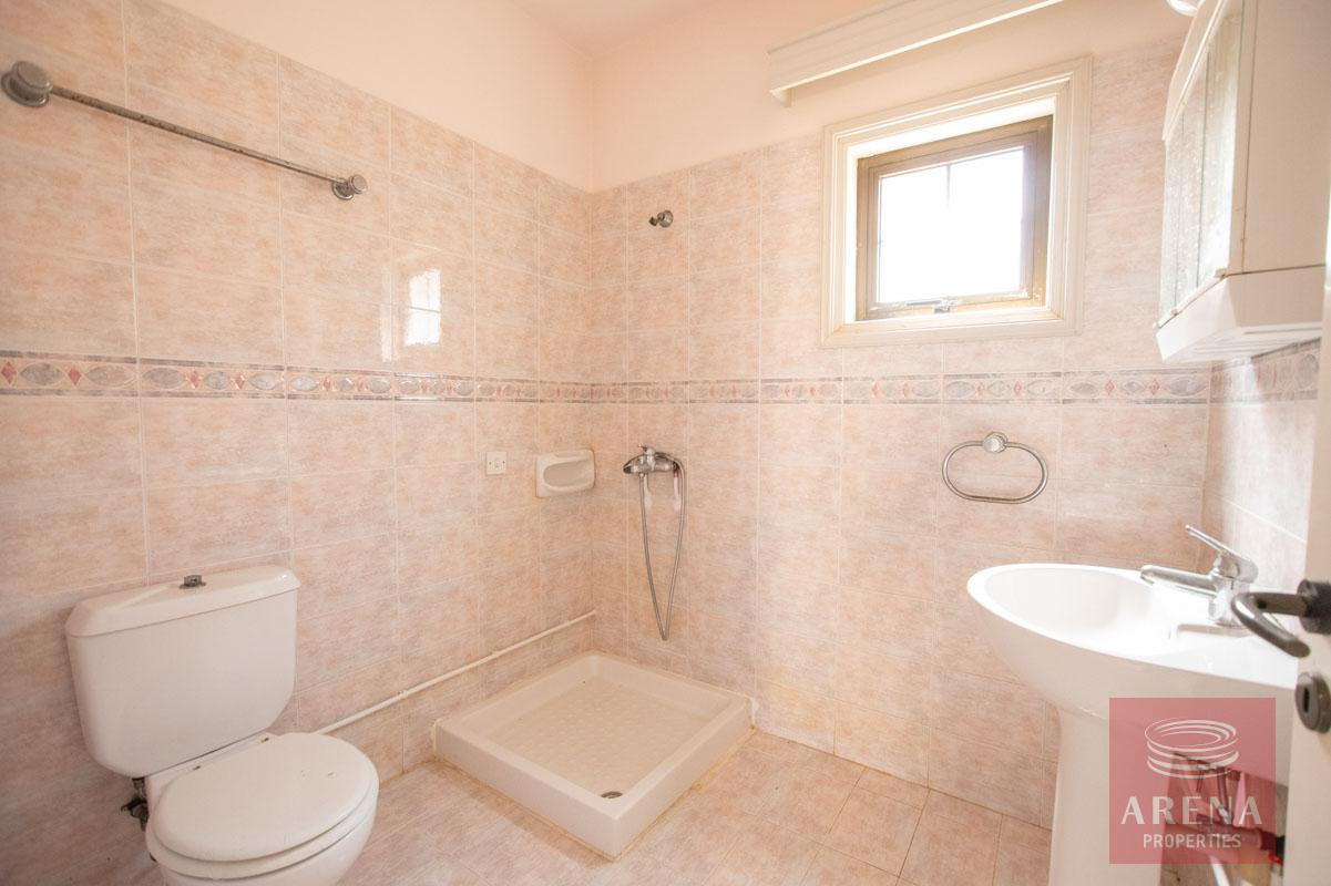 villa in Ayia Thekla - guest WC + shower