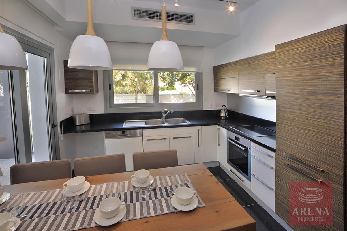 3 bed villa in pervolia - kitchen