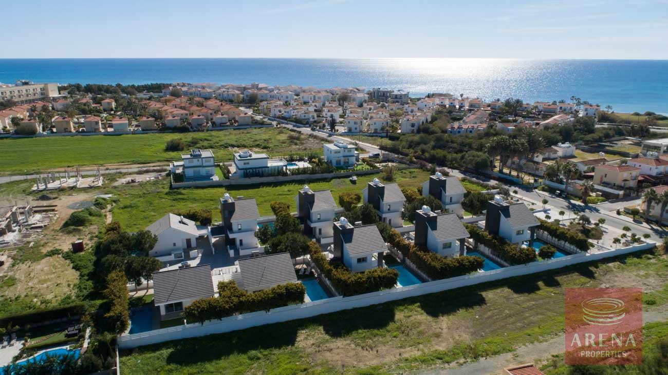 villas in pervolia for sale