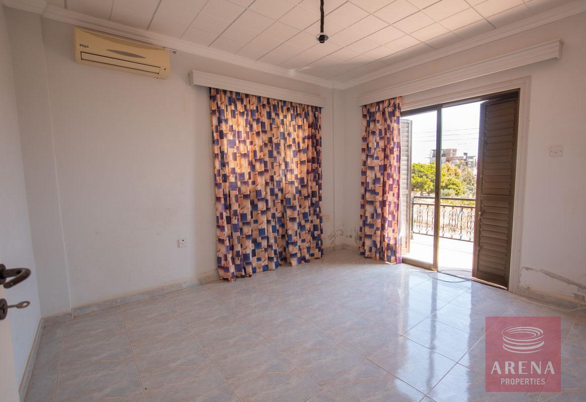 Buy villa in Ayia Thekla - bedroom