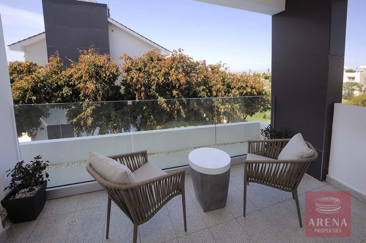 3 beed villa in pervolia - balcony