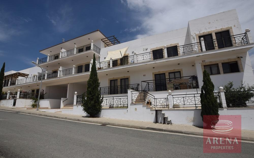 Apartment in Tersefanou for sale