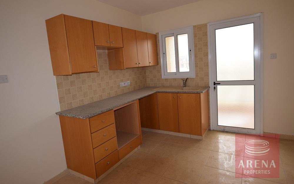 New 3 bed apt in Tersefanou - kitchen