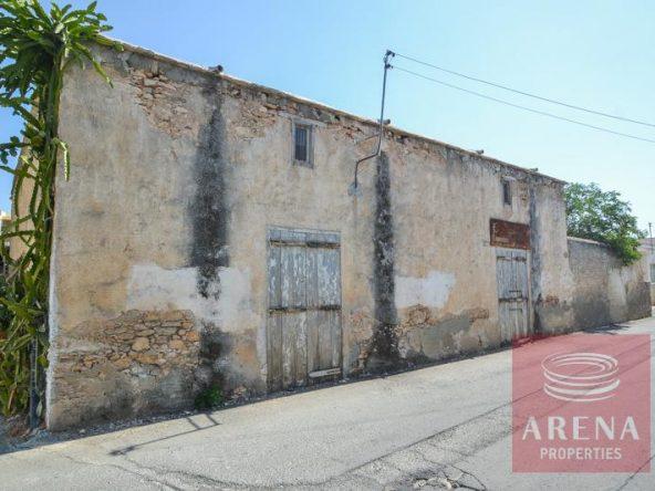 2-derynia-vintage-property-3647