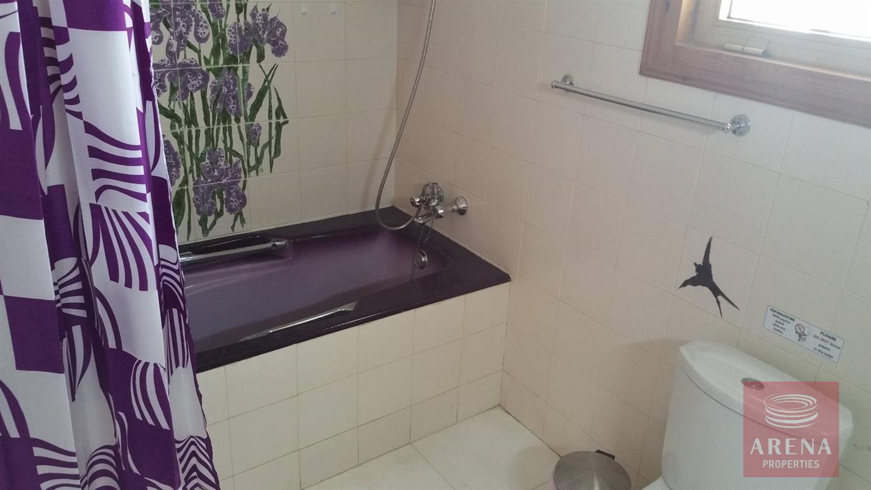 6 bed villa in ayia napa - bathroom