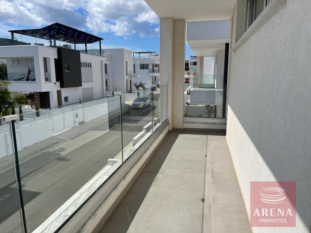 Luxury villa in Ayia Triada - balcony