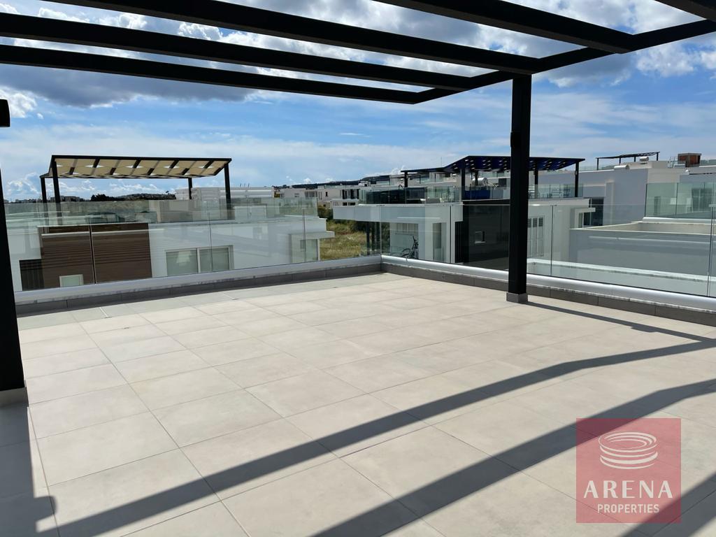 New luxury villa in Ayia Triada - roof garden