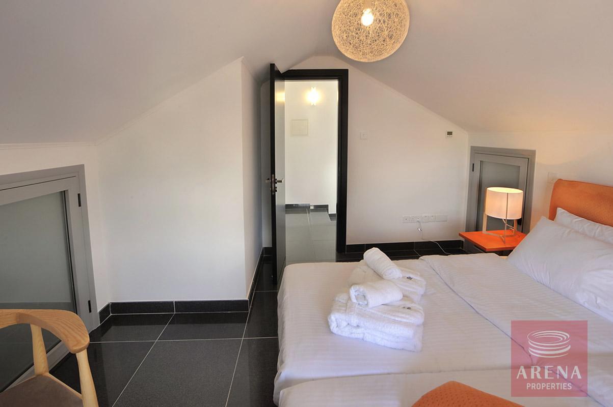 buy villa in pervolia - bedroom