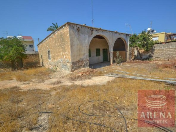 3-derynia-vintage-property-3647