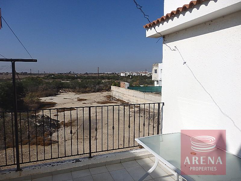 Apartment in Paralimni - balcony