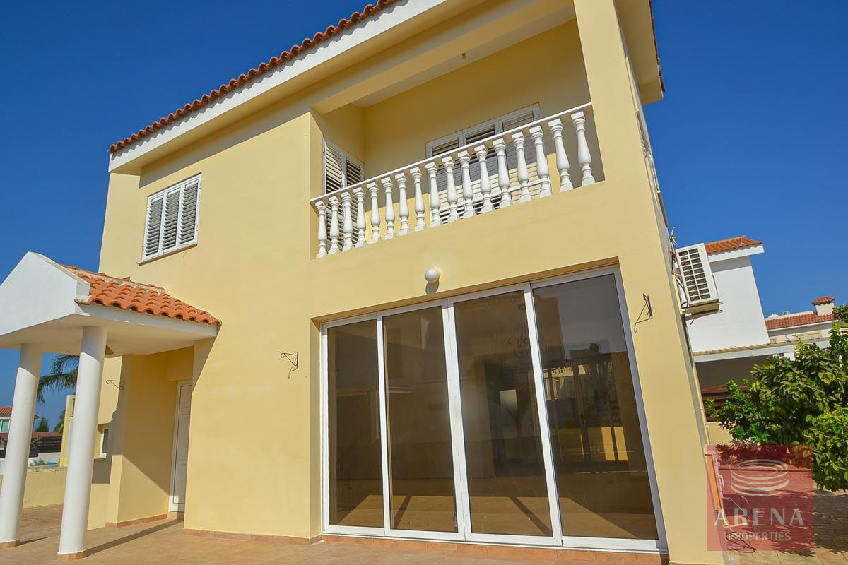 Villa in Pernera to Buy