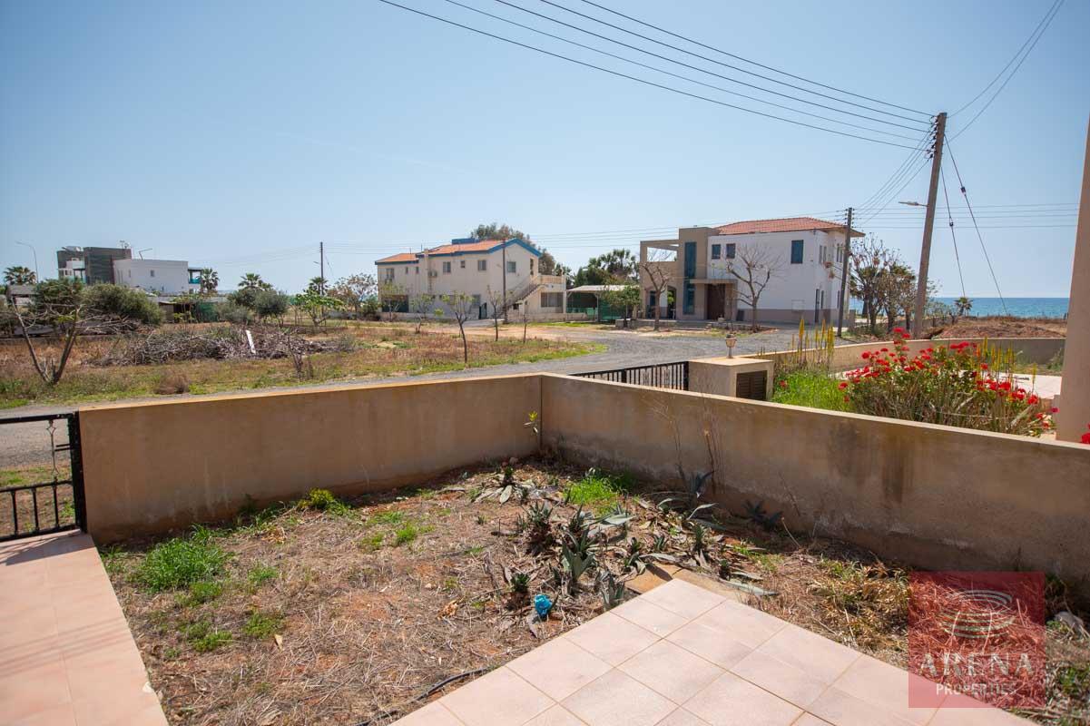 Buy Villa in Ayia Thekla