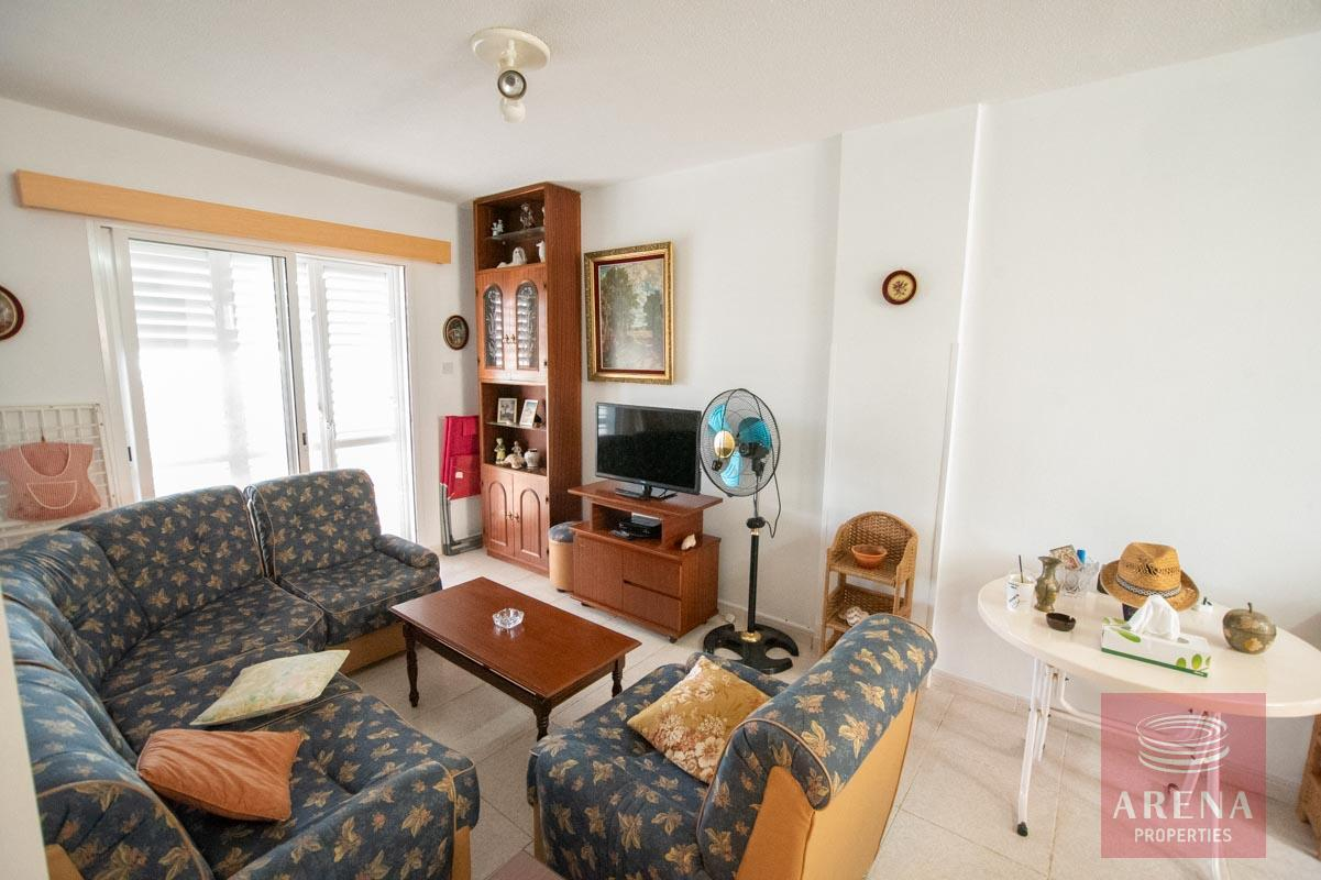 2 bed apt in Kapparis for sale - living area