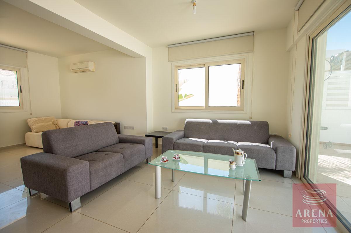 villa in pernera - liing room