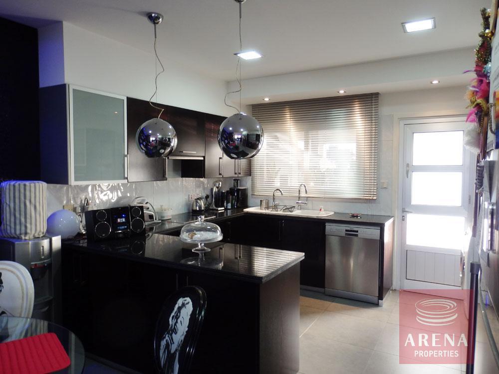 House in Latsia - kitchen