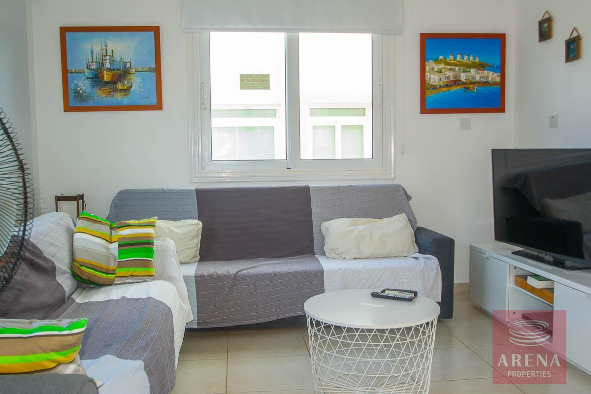 Villa for rent in Protaras - living room