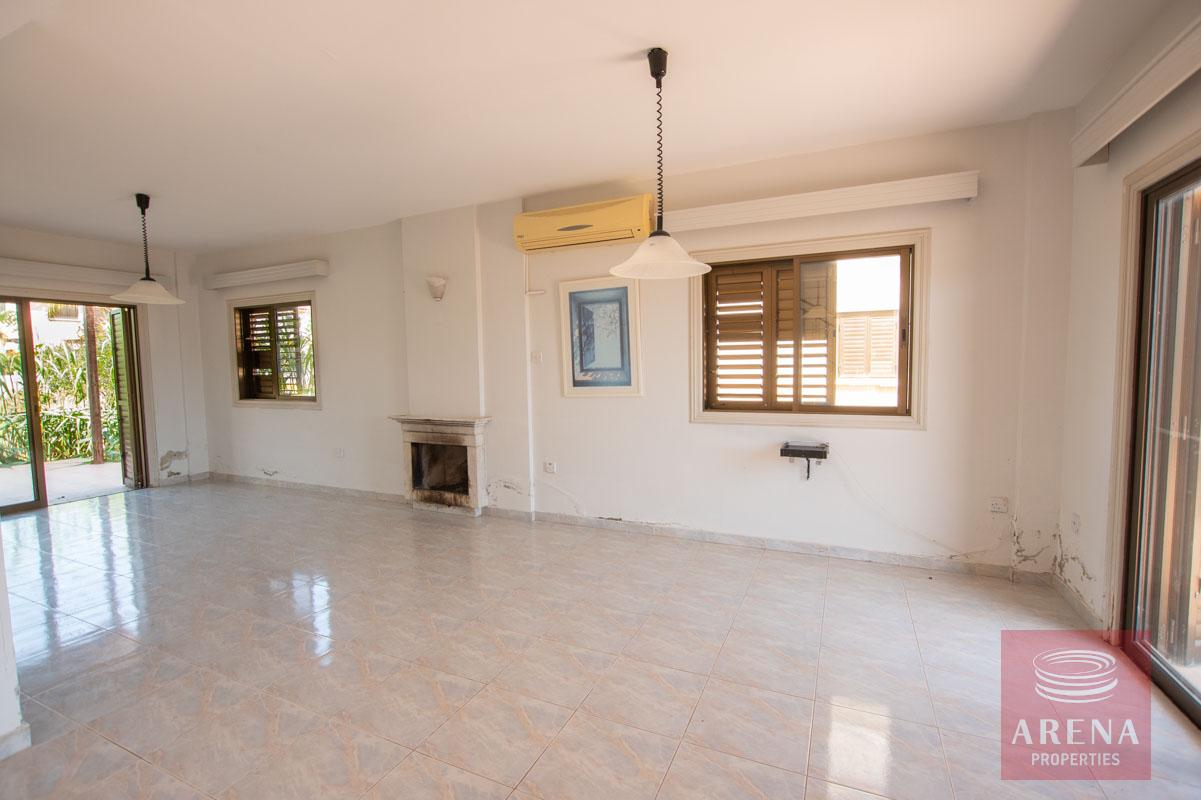 Villa in Ayia Thekla for sale - living area