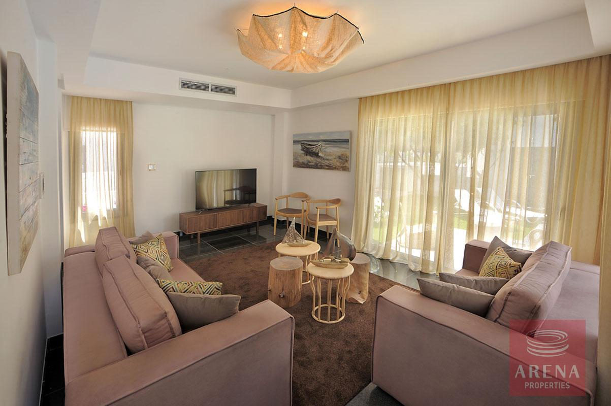 3 bed villa in pervolia - living room