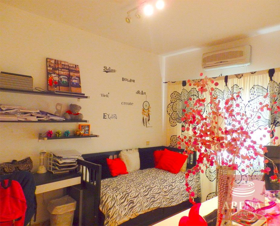 Townhouse in Latsia - bedroom