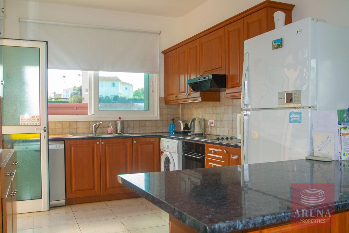 Villa for rent in Protaras - kitchen