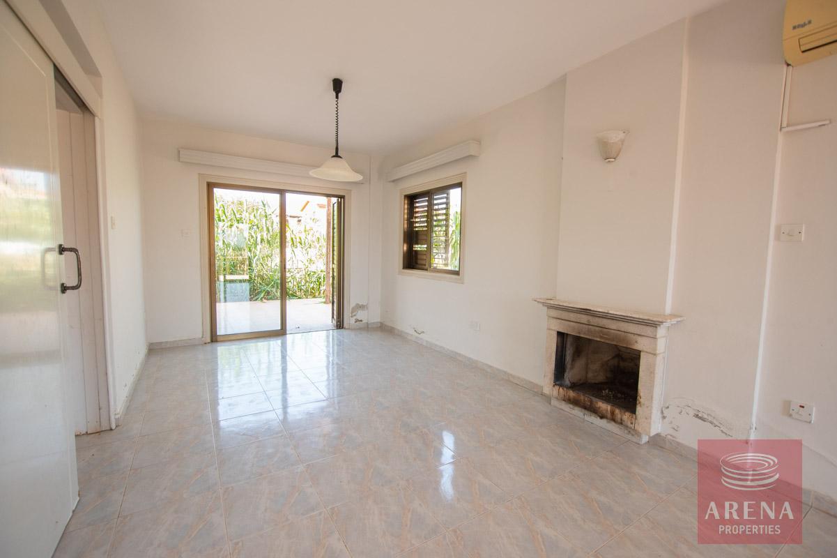 villa in Ayia Thekla to buy - living area