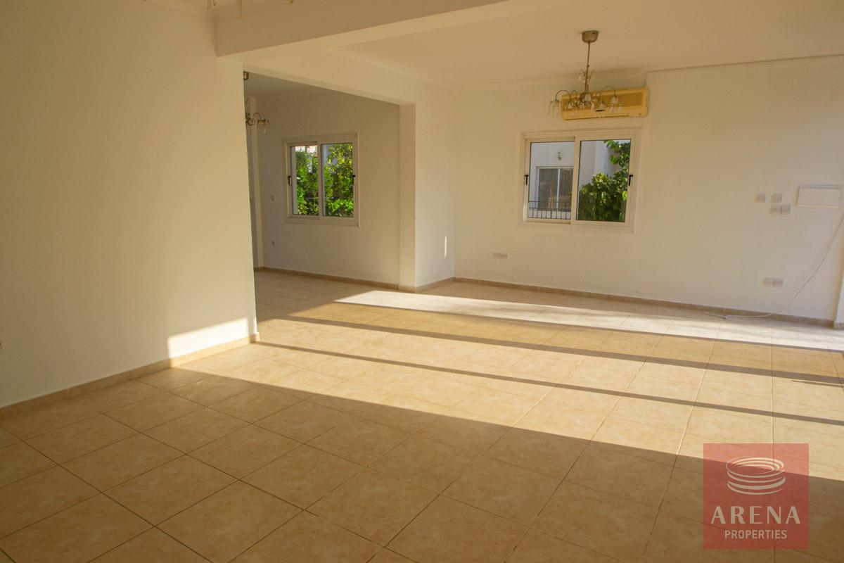 Villa in Pernera for sale - living area