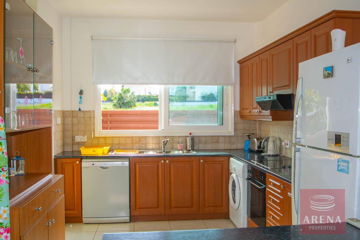 Villa in Protaras - kitchen