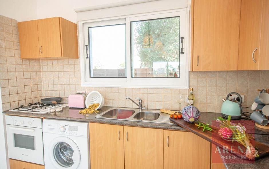 4 bed villa in ayia thekla to buy - kitchen