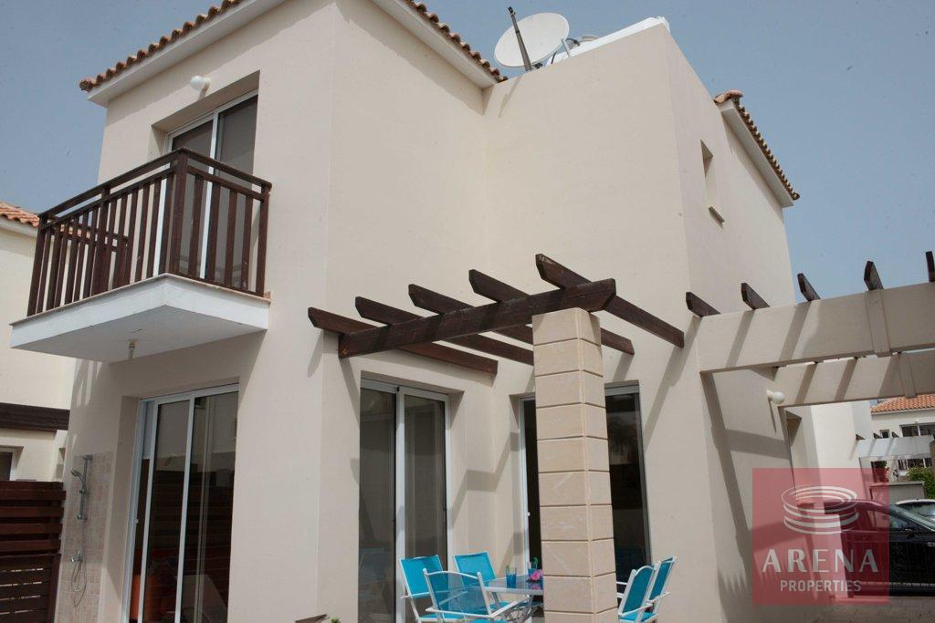 2 bed villa in pernera