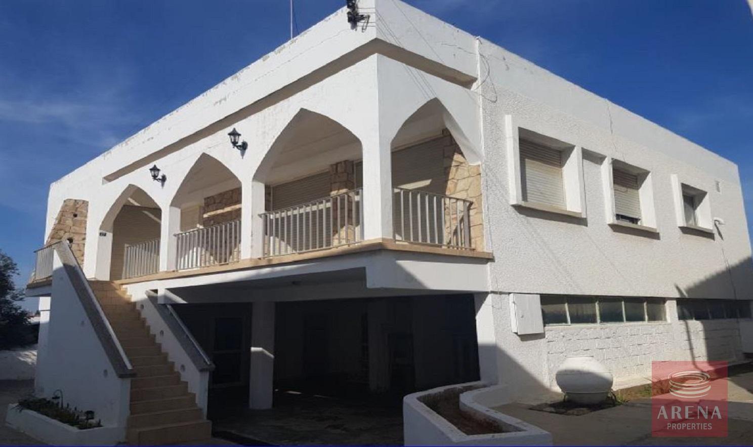 house in paralimni