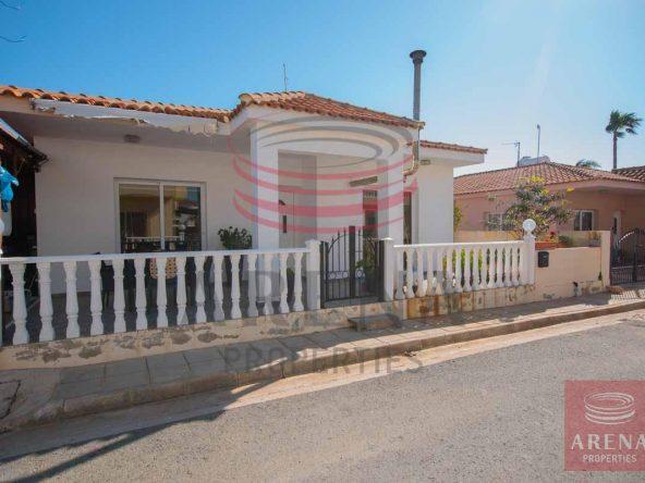 1-bungalow-in-ayia-thekla-5680