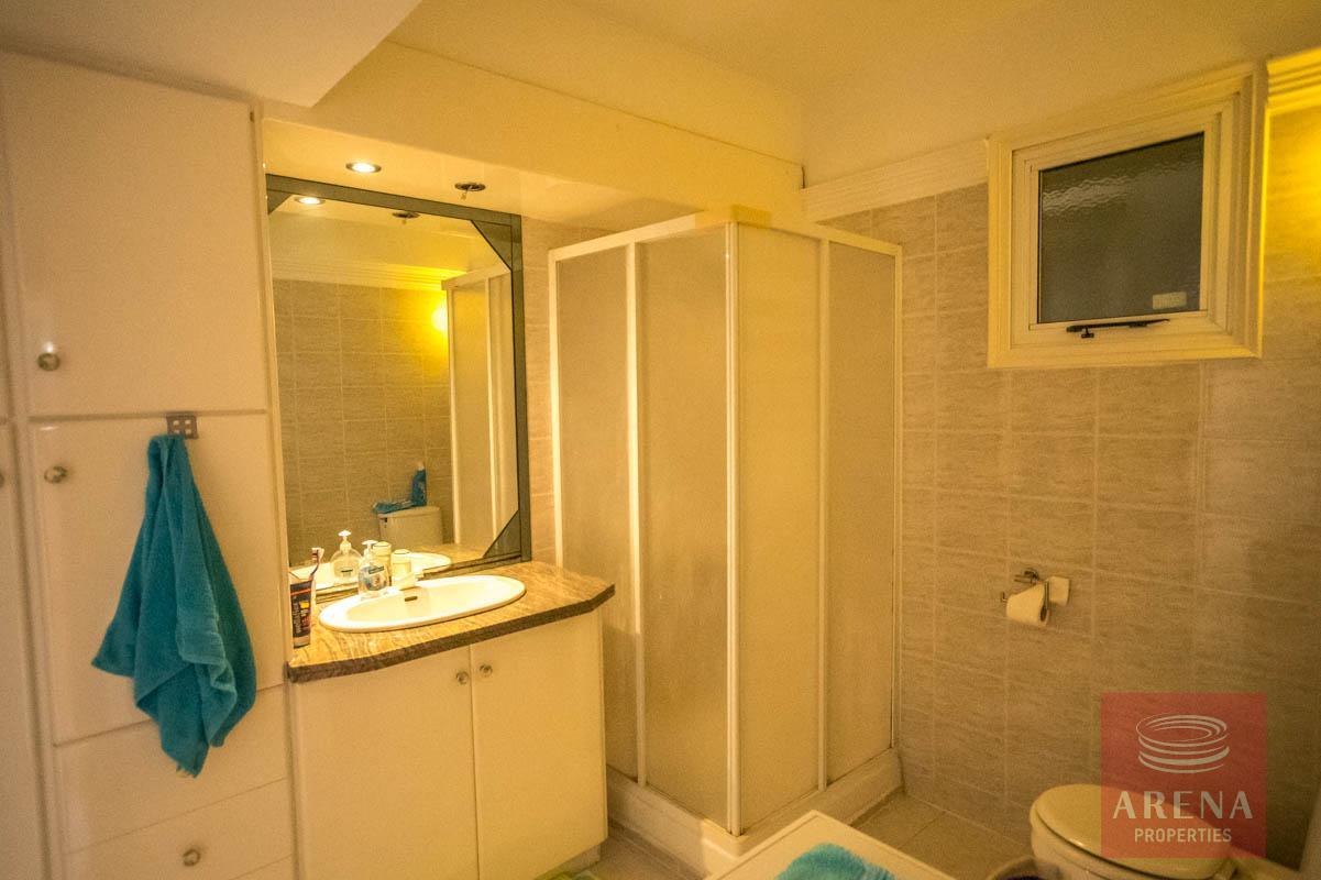 apartment in pernera for sale - bathroom