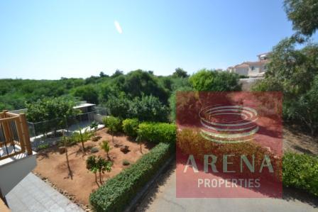 5 bed villa in pernera - garden