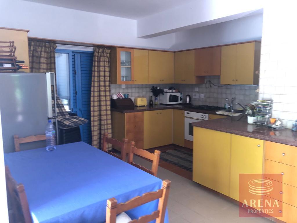 villa in pervolia - kitchen
