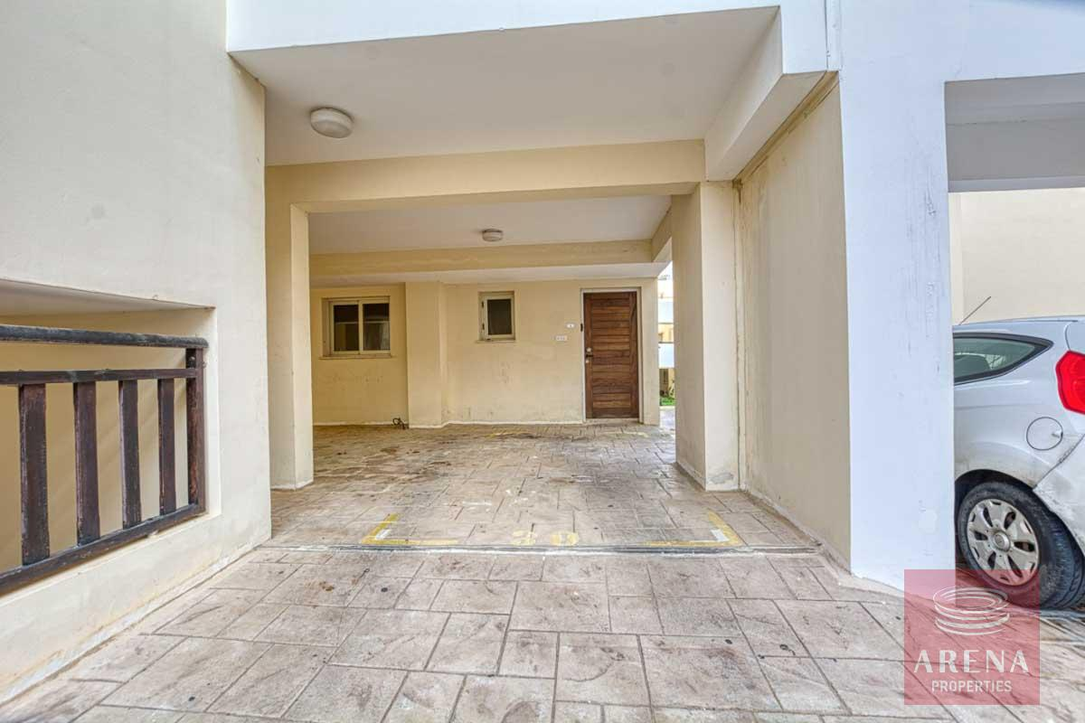 studio in paralimni - covered parking