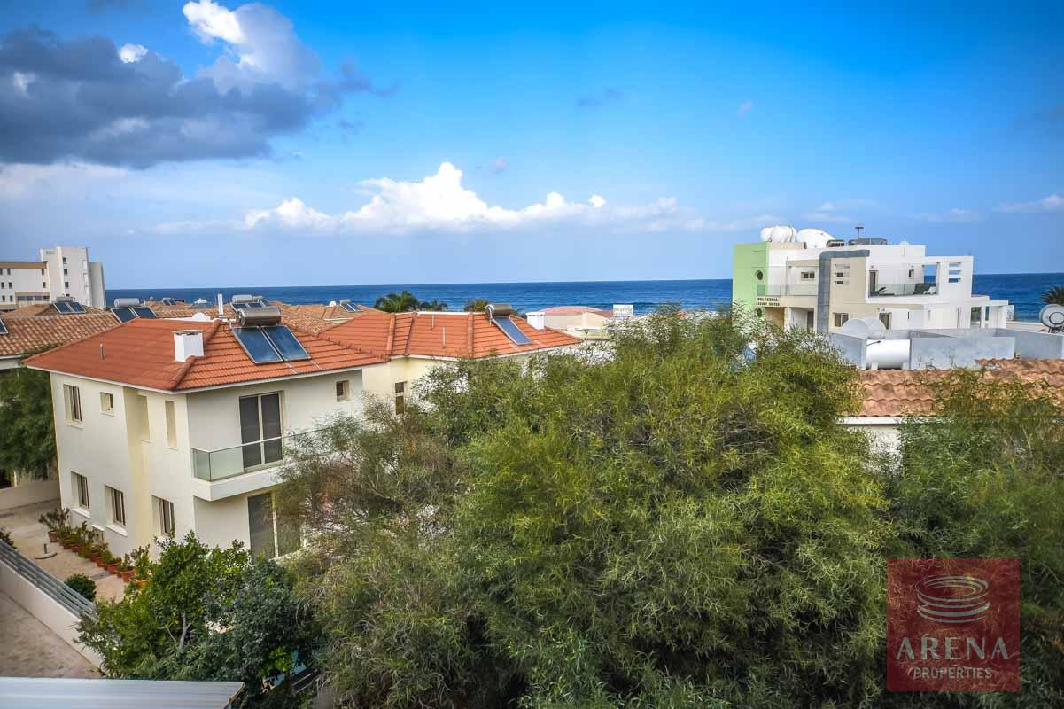 2 bed apartment in pernera - sea views