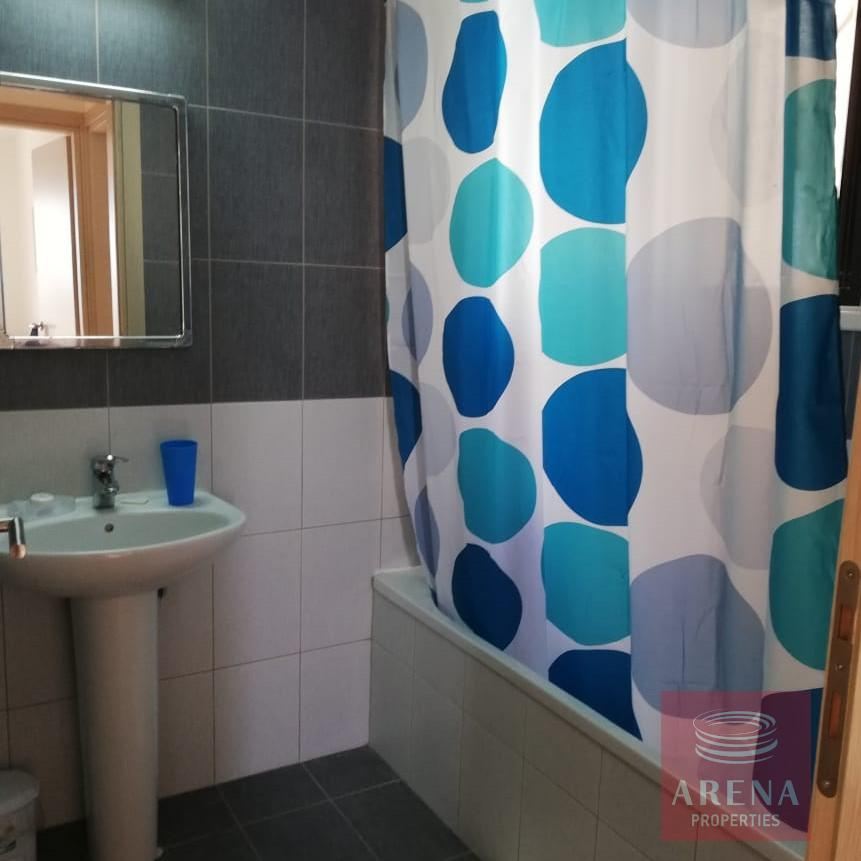 apt in mazotos for rent - bathroom