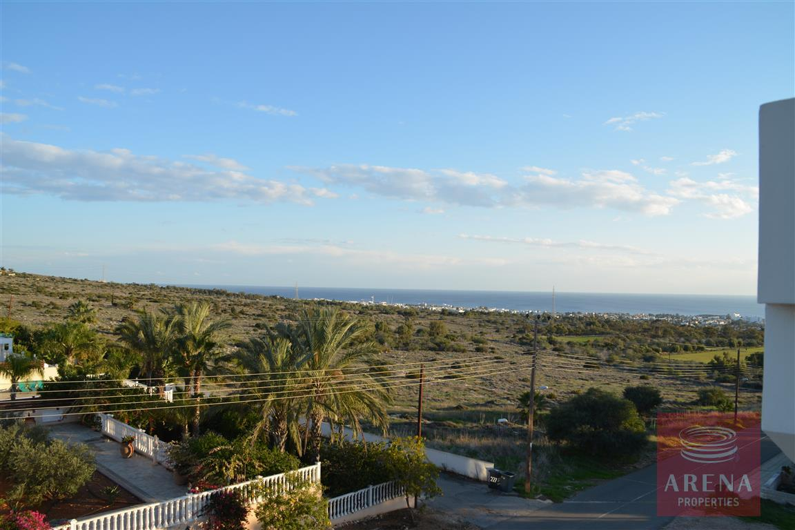 villa in kokkinos gremmos - views