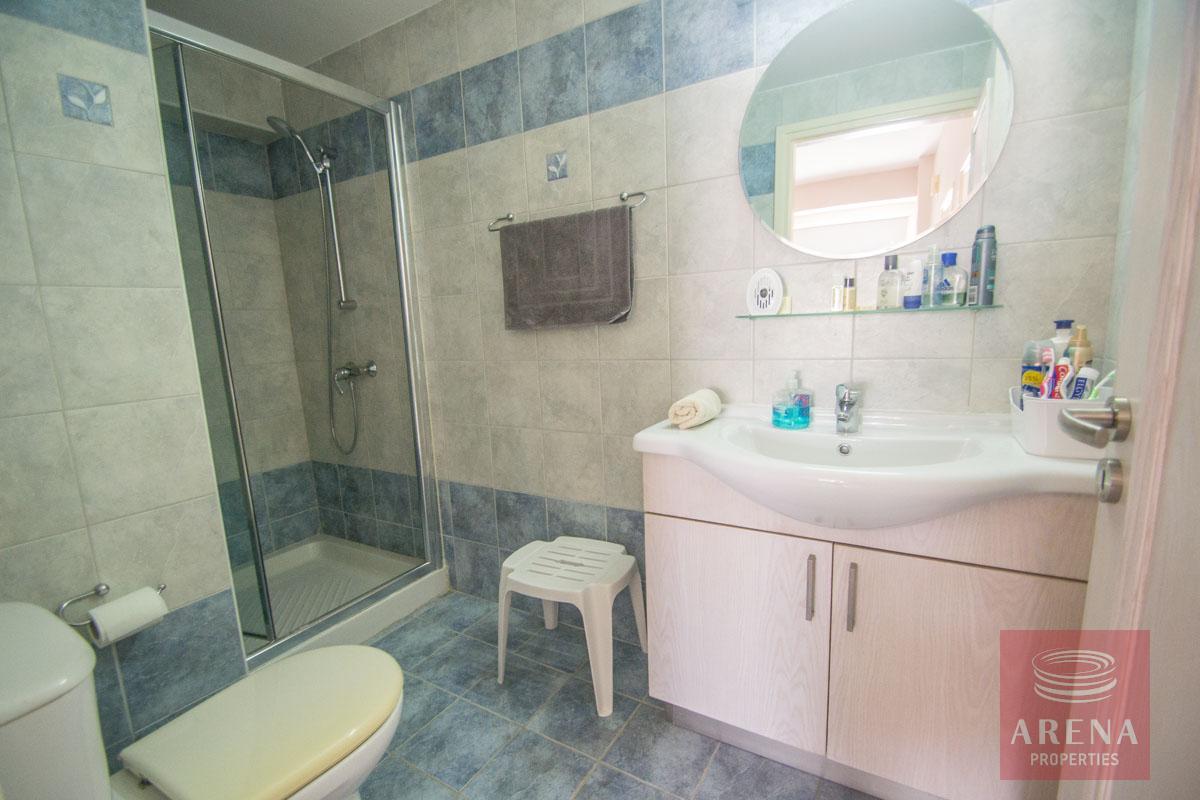 3 bed penthouse in kapparis - bathroom
