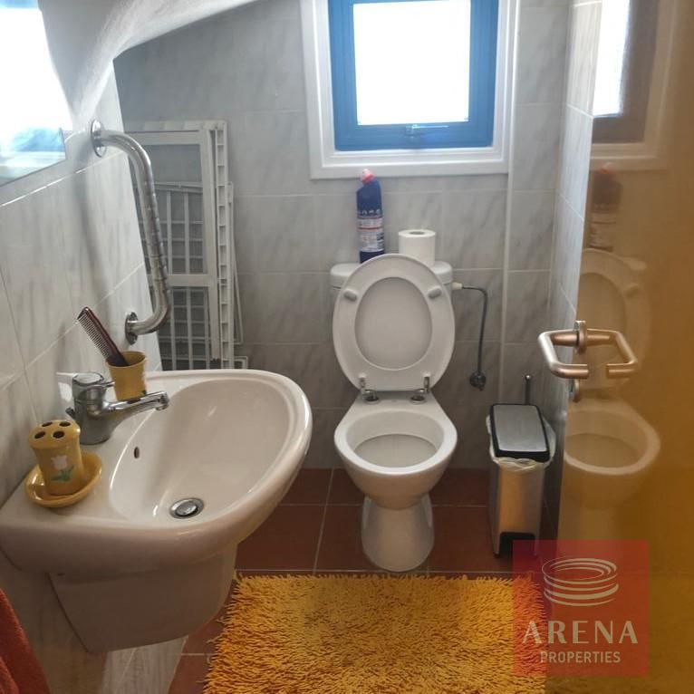 2 bed villa in pervolia - guest wc