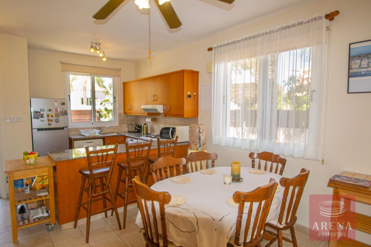 Villa in Ayia Thekla for Sale -dining area