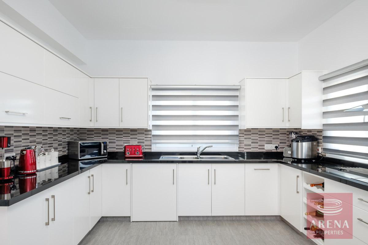 bungalow in vrysoulles to buy - kitchen