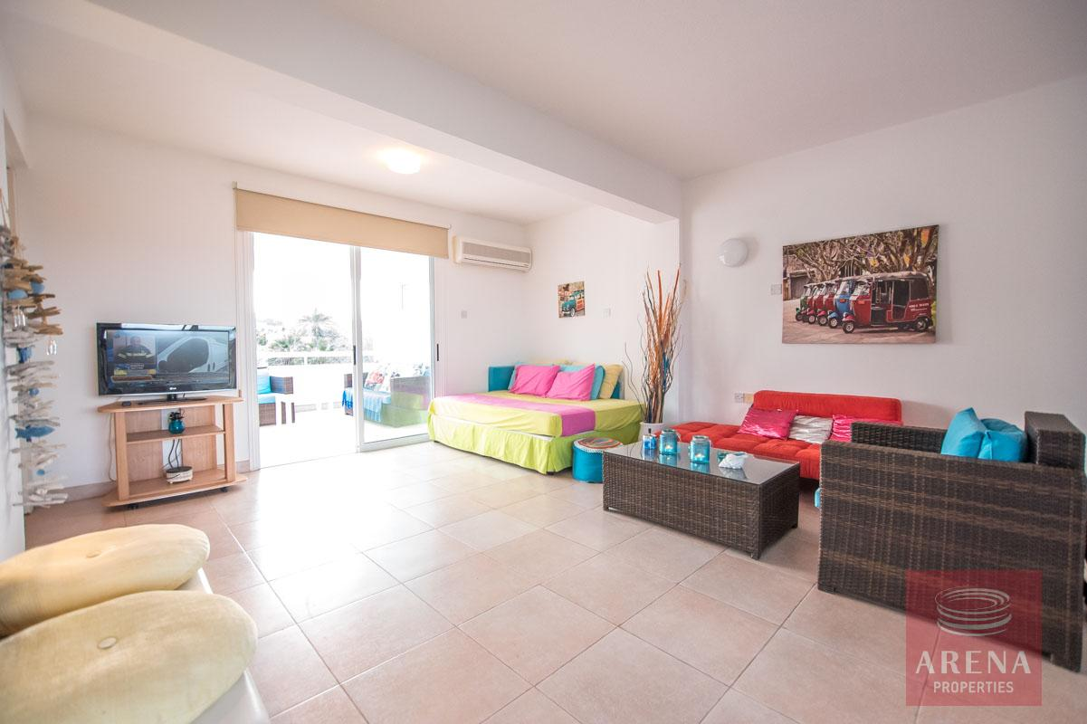 2 bed apartment in pernera - living area