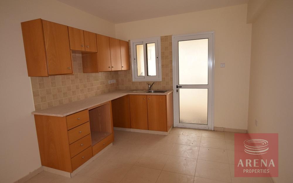 3 bed flat in Tersefanou - kitchen